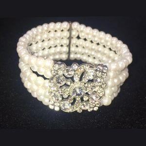 Vintage Bracelet Faux Pearl